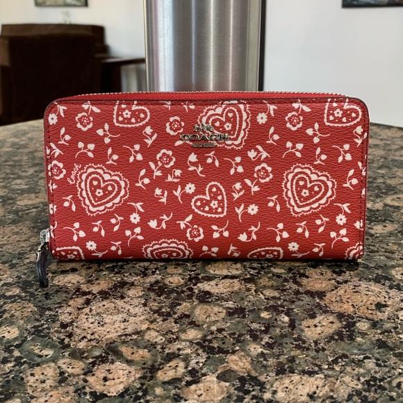 Coach Handbags - Authentic Coach lace heart print accordion  wallet